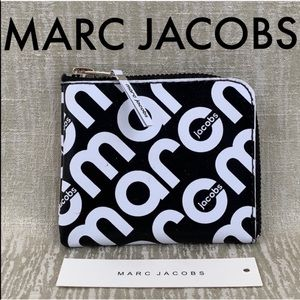 🆕 MARC JACOBS NEW BEACH WALLET 💯AUTHENTIC